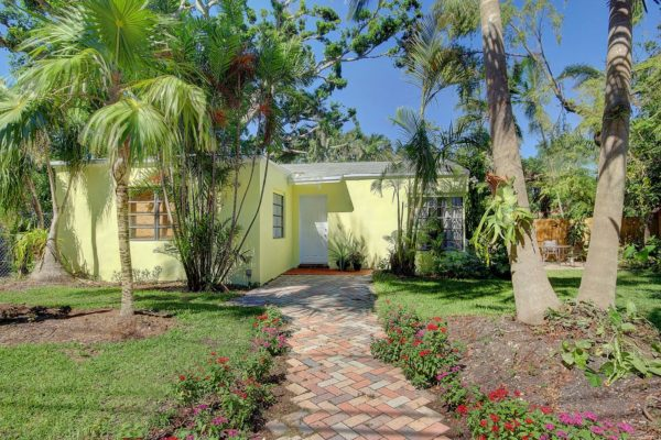 Country Cottage Home for Lease in popular North Coconut Grove 2315 Swanson Ave, 33133