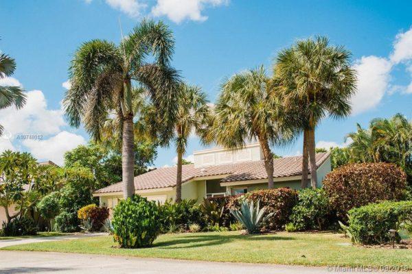 6931 NW 3rd Ave, Boca Raton, FL 33487