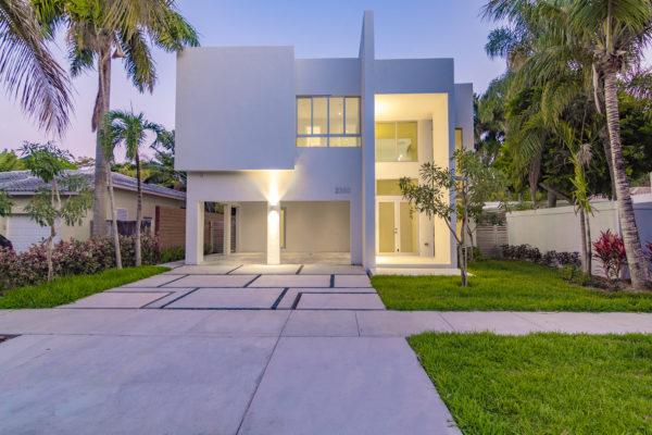 2380 Tequesta Lane, Coconut Grove, FL 33133